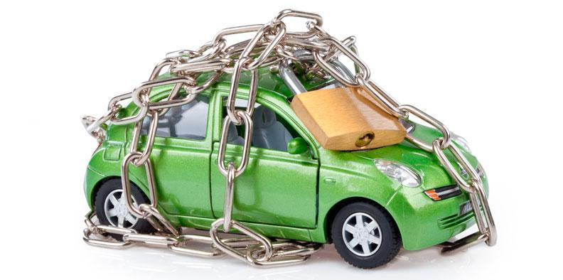 Для спокойствия владельца автомобиль, оставленный в залог кредитной организации, лучше застраховать