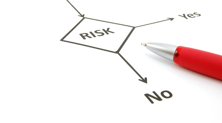 Оформляя договор лизинга, нужно обязательно просчитать все возможные риски